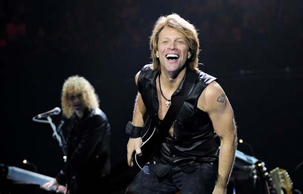 jon-bon-jovi,leather vest
