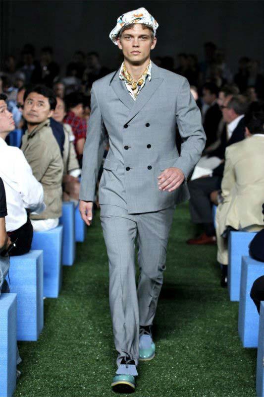 Prada grey Linen double breasted Suit for men