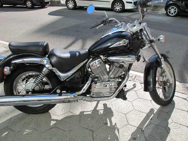leather-jacket,-motorbike-fashion.--3