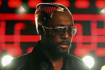 will-i-am with headpiece in just can't get enough clip