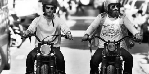 blitz-motorbike-fred-and-hugo,-riding-in-Paris