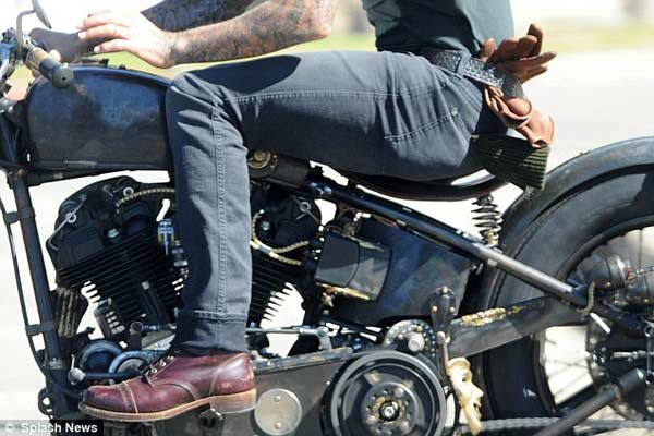 david-beckham,riding-in-style