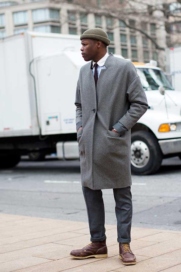 USA , Grey coat , brown hat