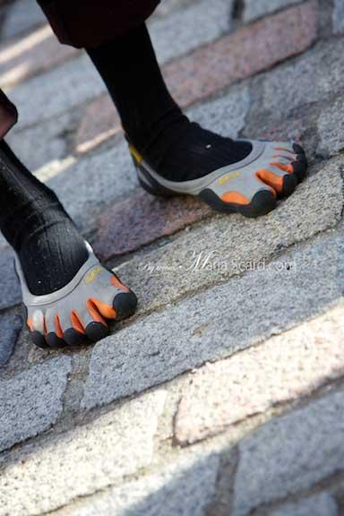 swim shoes for men 2013