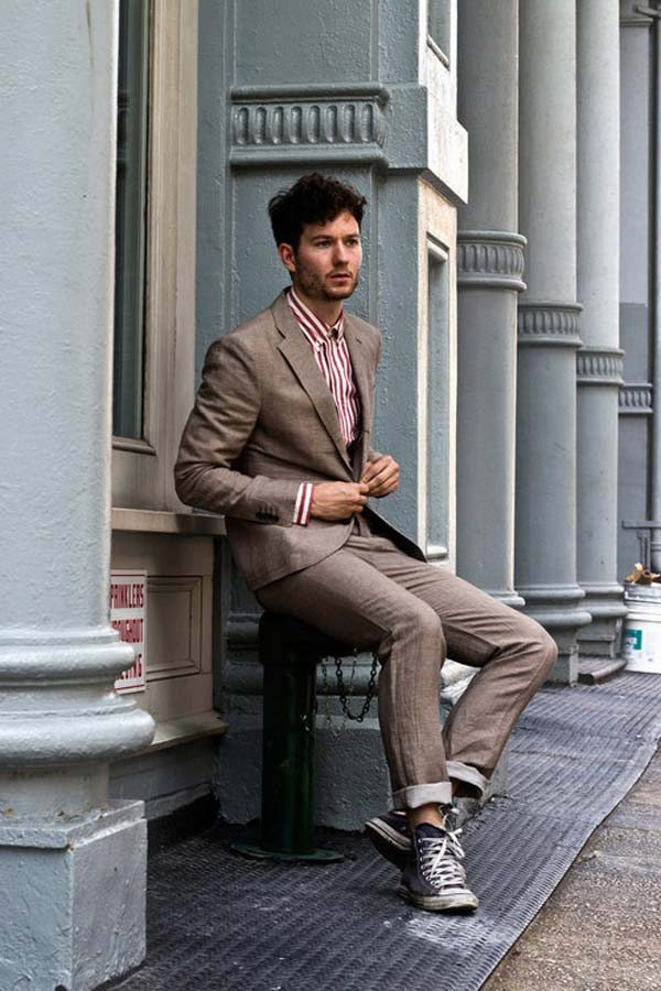 Suits worn with trainers for men