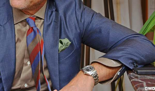 Business Suits for men colour and tone