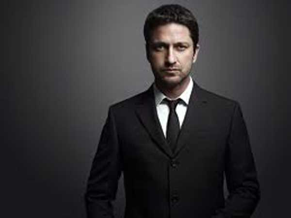 Gerard Butler Black Tie
