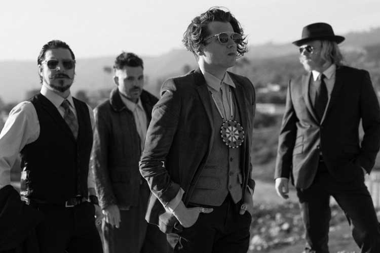 Rival Sons Singer Rival Sons Rock Band 1