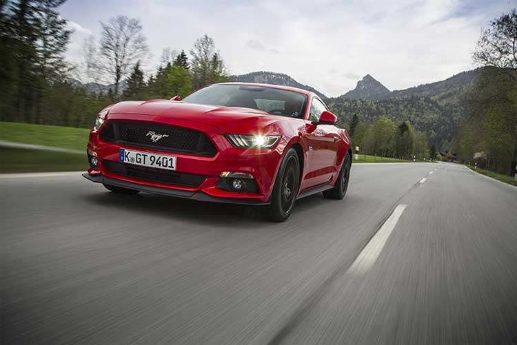 ford-mustang-front