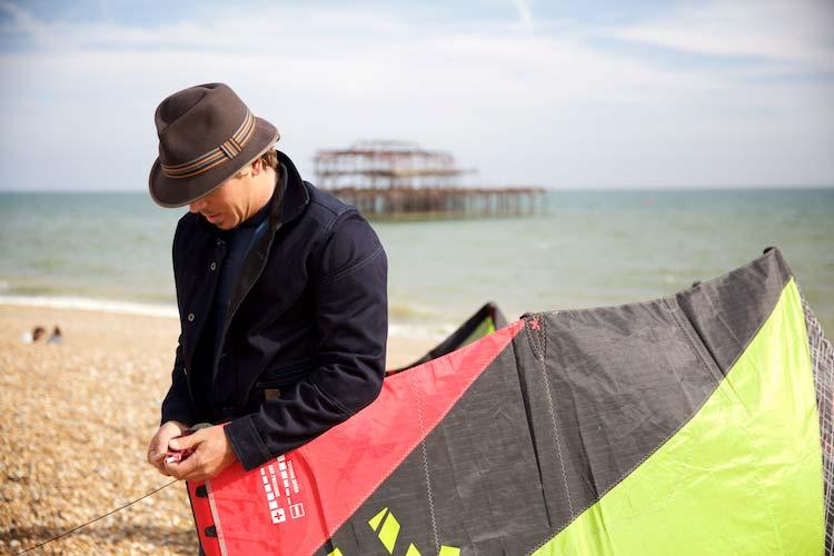Lewis-Crathern-Kite-Surfer-MenStyleFashion.-Maria-Scard-Photographyjpg-(1)
