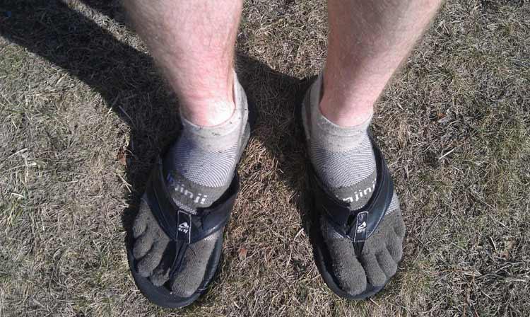 socks-with-thongs-flip-flops