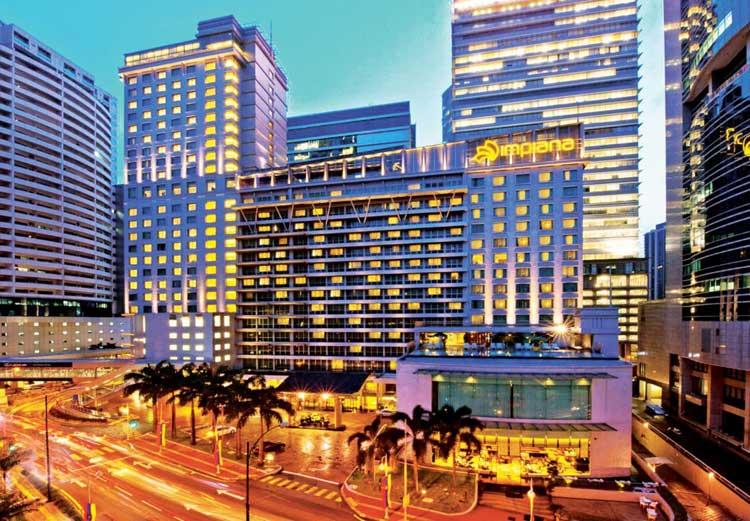 impiana-hotel-at-night-front