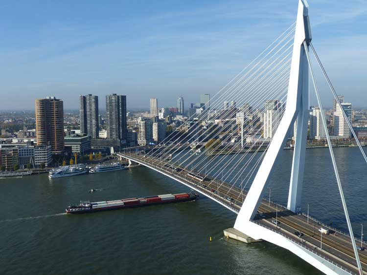 Nhow-Rotterdam-MenStyleFashion-Review-2015.--harbour-boats