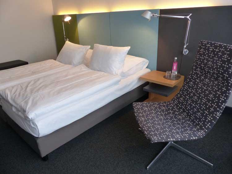 Otto-Hotel-Berlin.jpg-bed