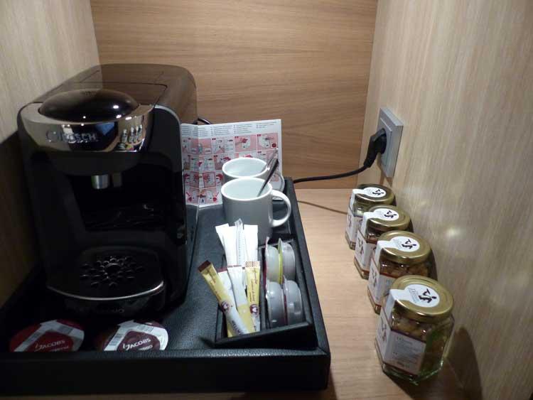 The-Westin-Grand-Berlin.jpg-tea-coffee