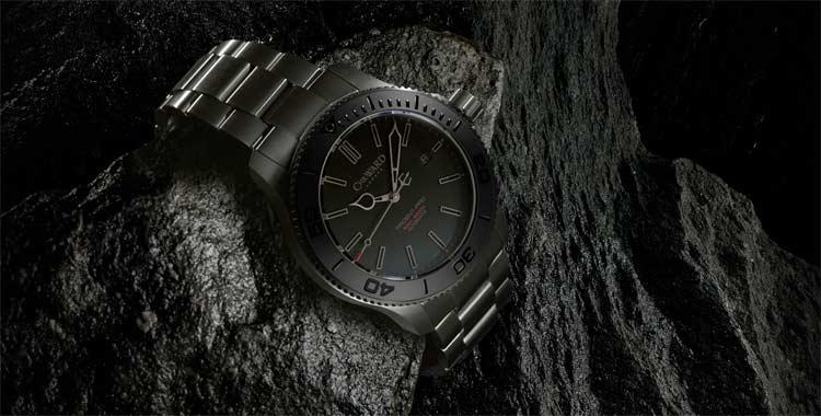 Christopher-Ward-C60-Trident-Titanium-Bracelet