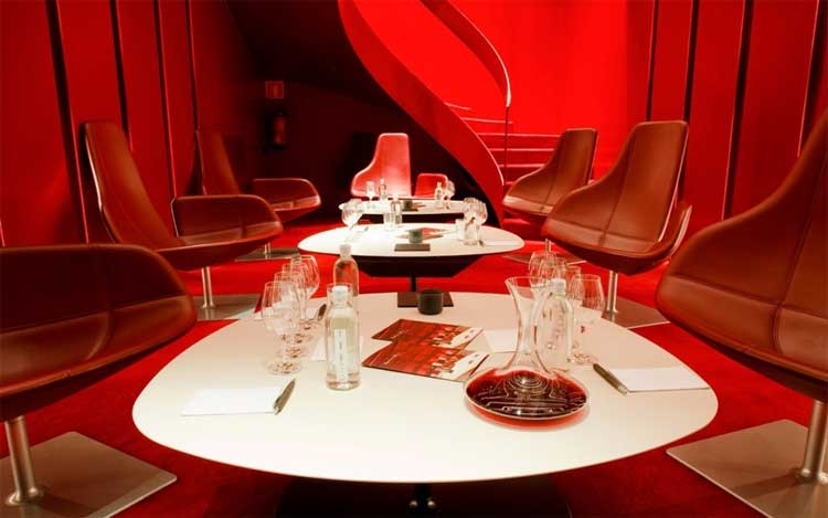 wine-theater-grau-roig-hotel