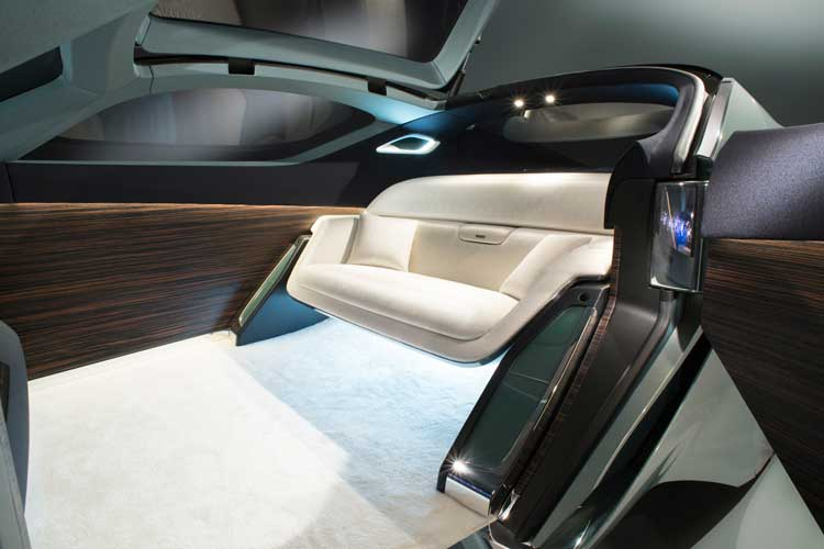 Rolls-Royce-Self-driving-luxury-concept-car-12