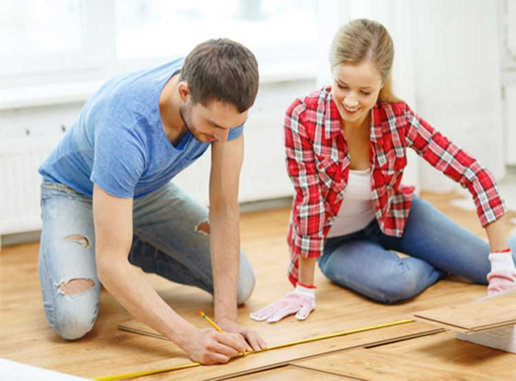 couple_planning_flooring_project