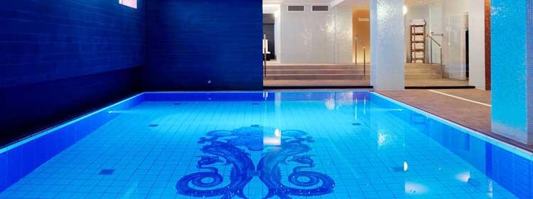 AMR-GrandHotel-Wellness_-_Swimming_pool_landscape