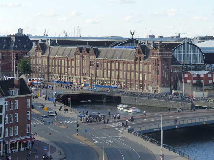 Amrath.jpg-Amsterdam-Hotel-MenStyleFashion--Amsterdam--Central-Station