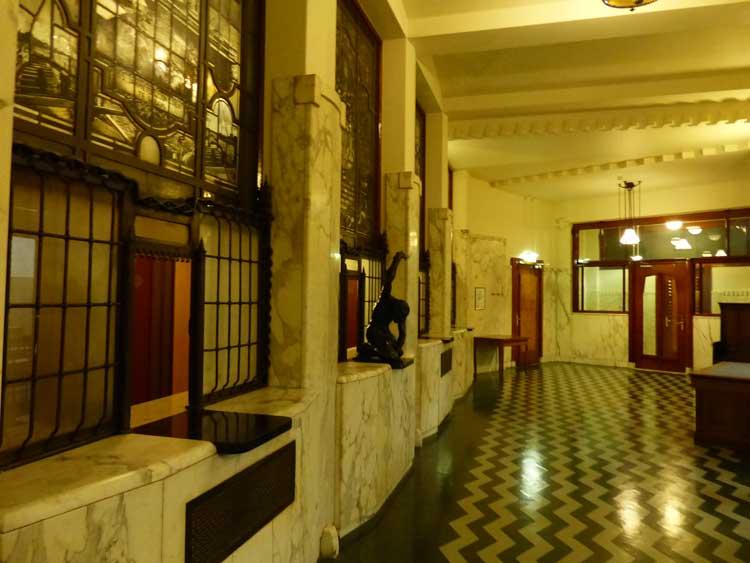 Amrath.jpg-Amsterdam-Hotel-MenStyleFashion-Ticket-Booth-1