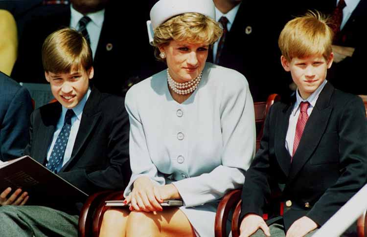 princess-diana-sat-between-her-sons-prince-william-prince-harry
