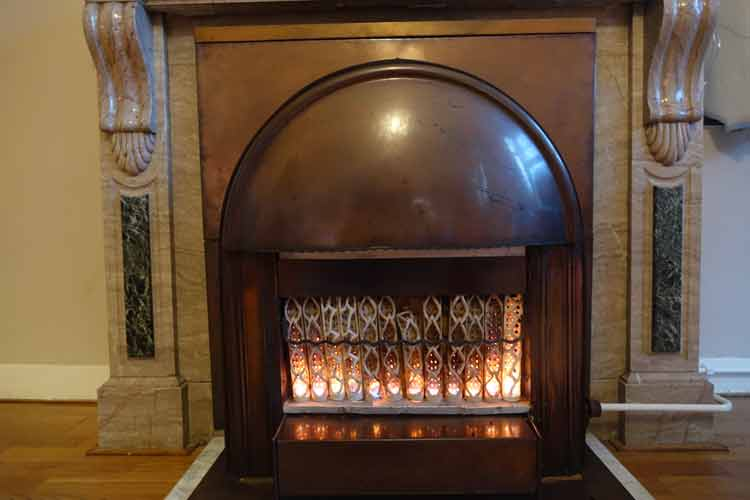 haas-op-het-vrijthof-the-famous-vrijthof-square-menstylefashion-maastricht-11-jpg-1920-copper-fireplace