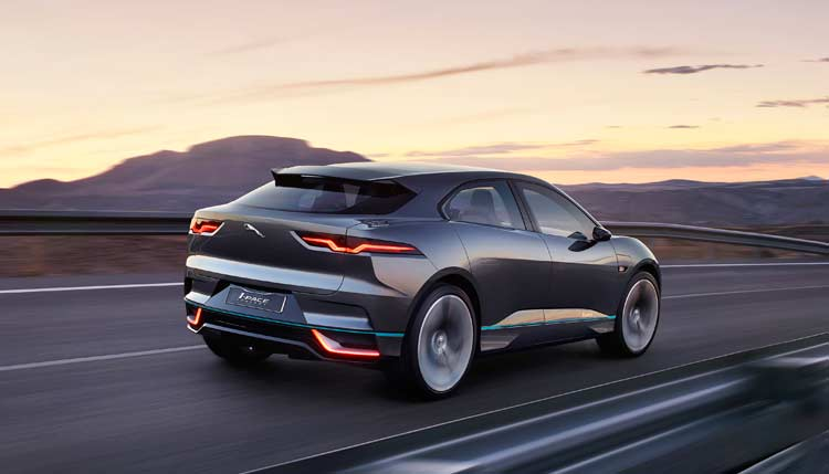 jaguar-ipace-concept-car-driving-3