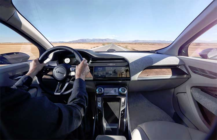 jaguar-ipace-concept-car-driving-6