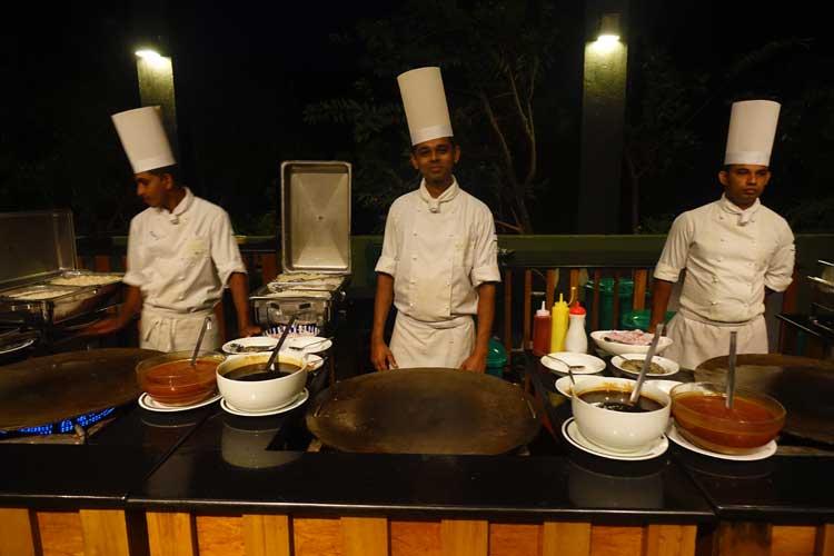 heritance Kandalama hotel review Sri Lanka - restaurant food