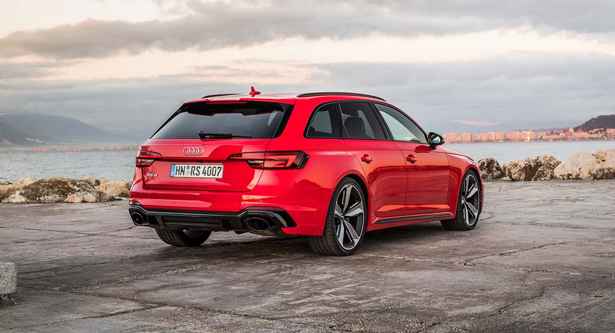 Audi RS4 (B9) – The Ultimate Jekyll and Hyde Estate Car - Style