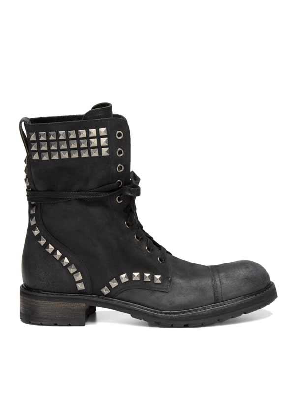 jon-vavarto,studded-boots