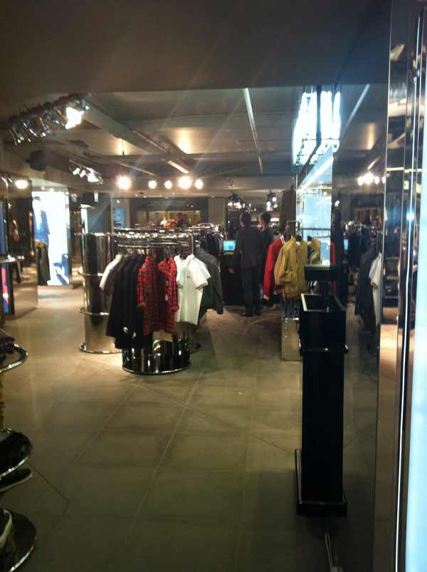 Harrods, Men's Lab