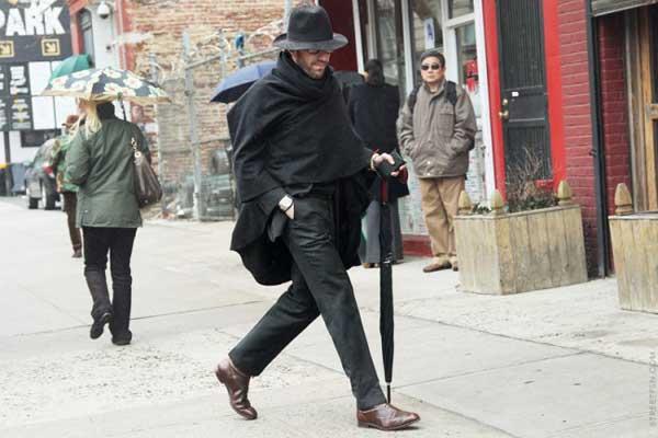 black hat and black cape for men