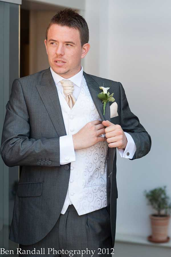 Wedding Suits for men - Tips on What not to Wear - Men Style Fashion