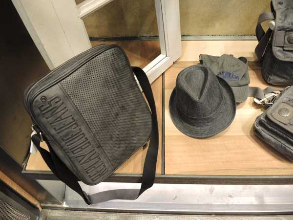 REPLAY - mans bag and fedora hats men 2013