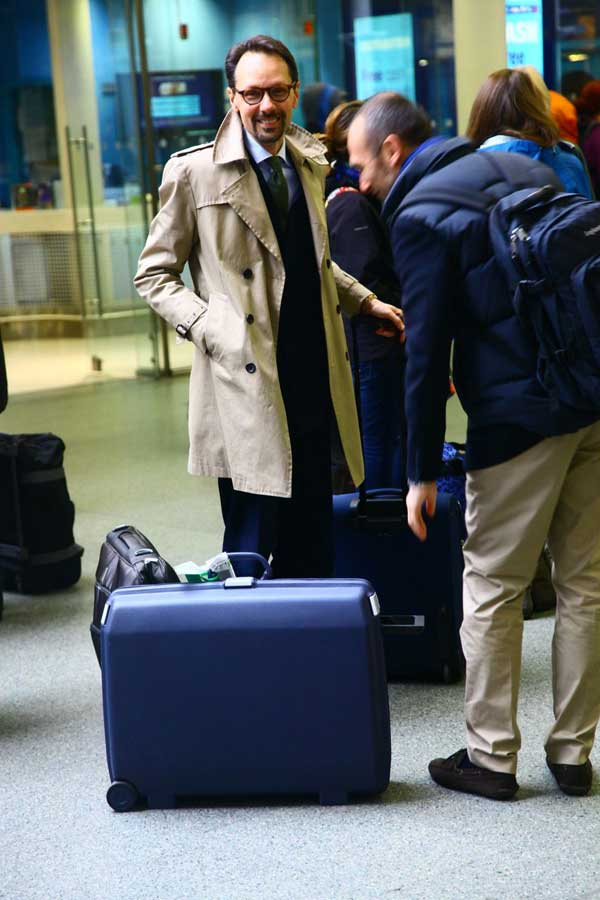Beige trench coat for men - travel wear