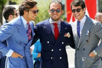 Pitti Uomo Floral ties and blue Linen Suits