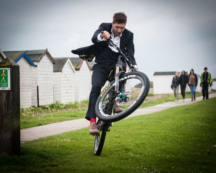 Greg Minnaar - Downhill World Champion Mountain Biker (20)