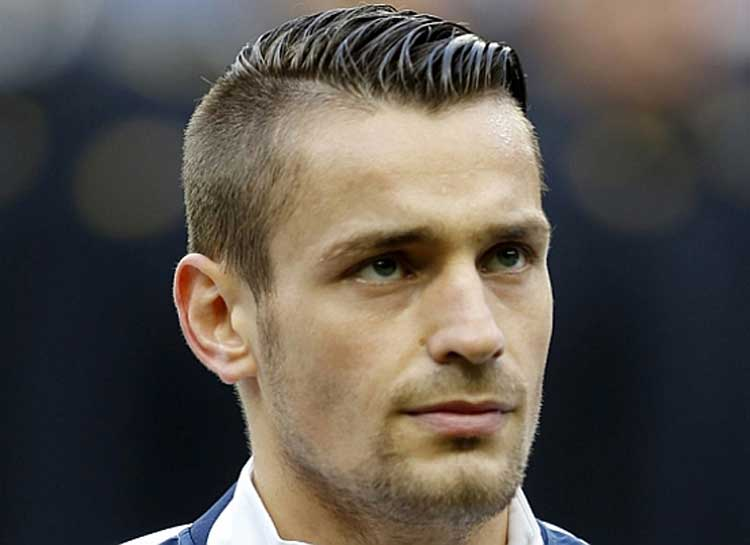 Top 10 Trendy Hairstyles in the 2014 FIFA World Cup - Men Style Fashion