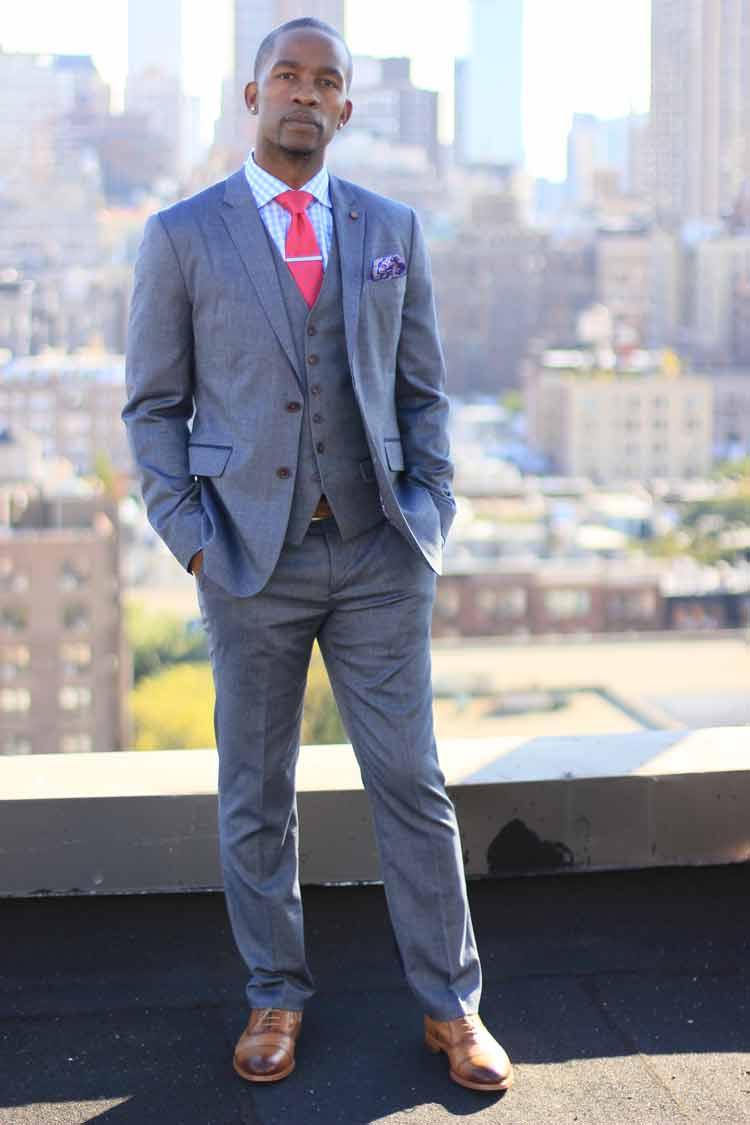 wade-davis-nfl-player.jpg-blue-suit