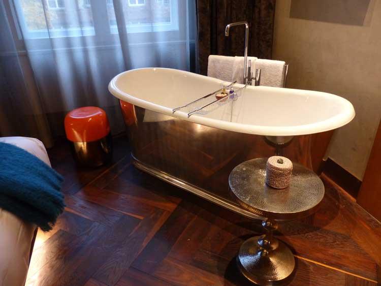 Das-Stue-Berlin-Boutique-Hotel.-bath