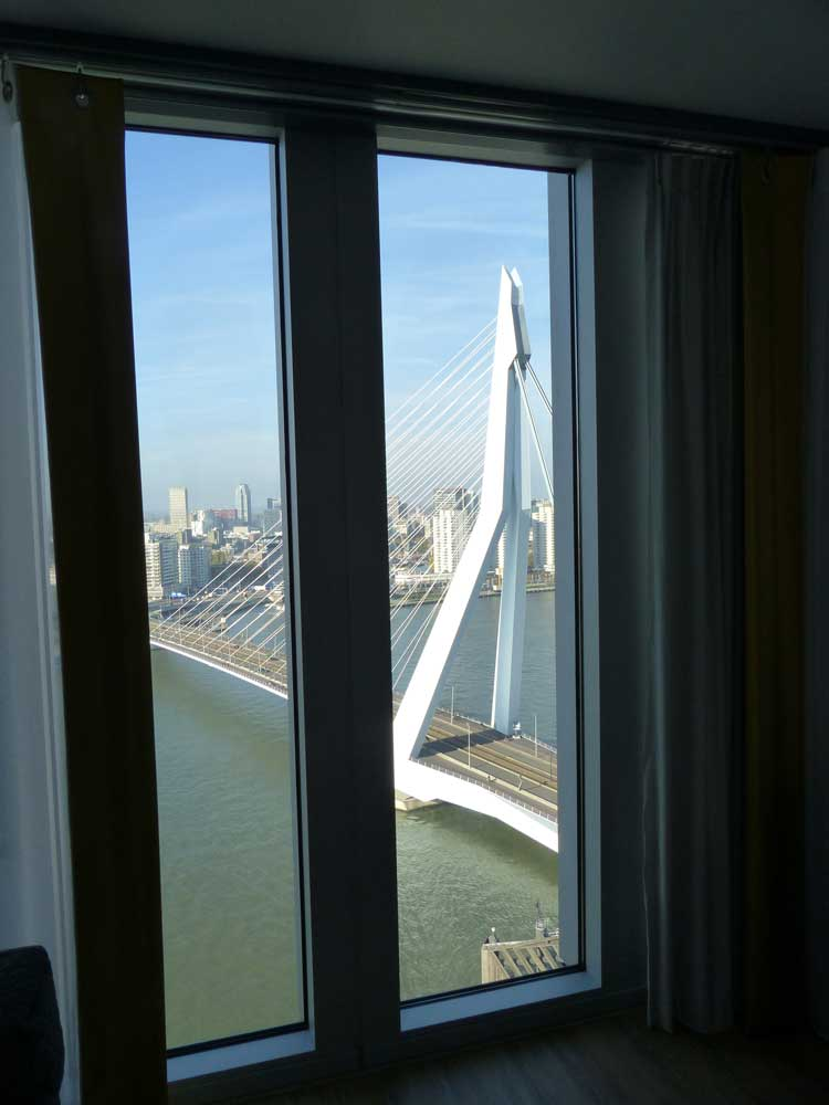 Nhow-Rotterdam-MenStyleFashion-Review-2015.-harbour-view