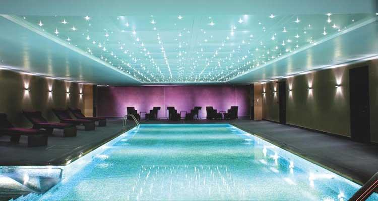 Hilton-Syon-Park-MenStyleFashion-Luxury-Week-London.-pool