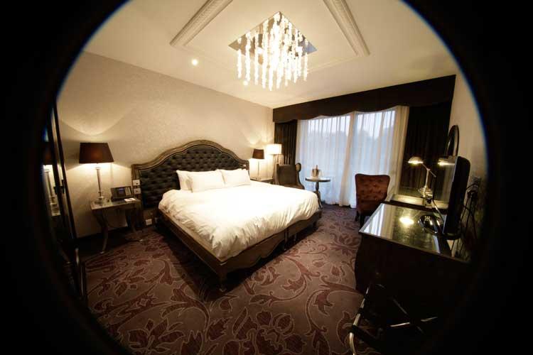 Hilton-Syon-Park-MenStyleFashion-Luxury-Week-London.jpg-1