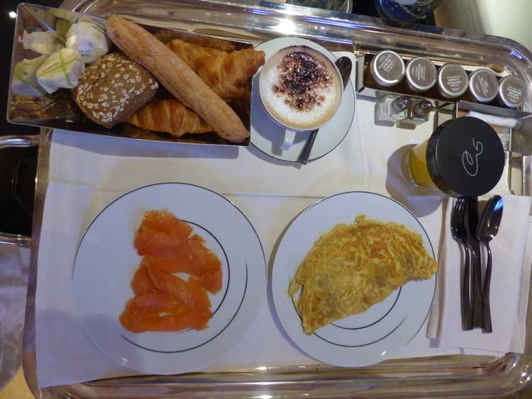 Hotel-Le-Cinq-Codet-Paris-France--Breakfast-room-service