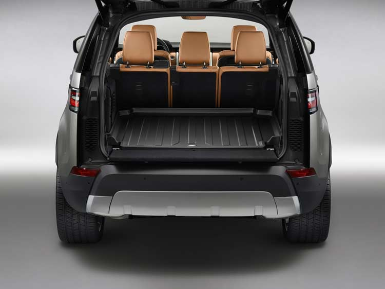 land-rover-new-discover-boot-space