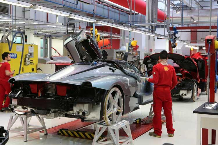 Ferrari LaFerrari 962 Horses Of Funf - Our Driving Review