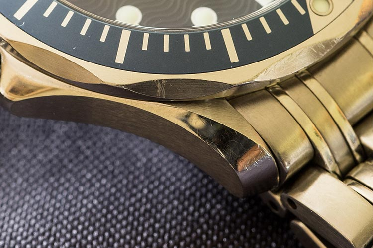 """Deep marks around the case distracting from an otherwise beautiful watch"""